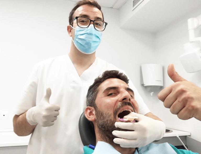 ¿Cómo dejar de apretar los dientes? Tu Dentista en Valencia